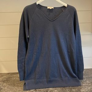 Loft v neck sweater with textured sleeves